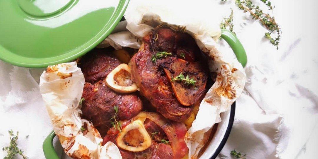 Αρνί κότσι με πατάτες και αρωματικά - Images