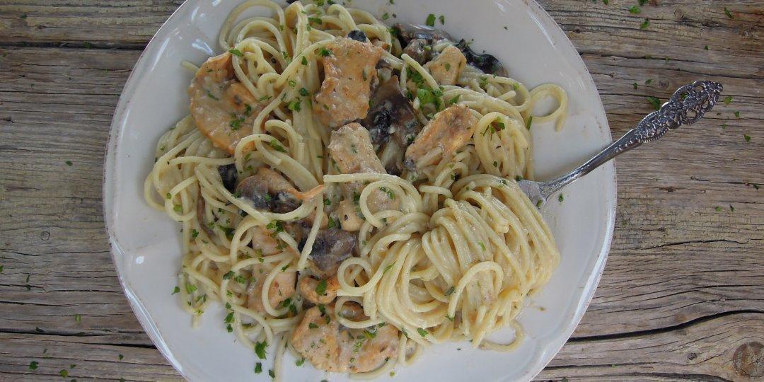 Αλφρέντο με κοτόπουλο και μανιτάρια - Images