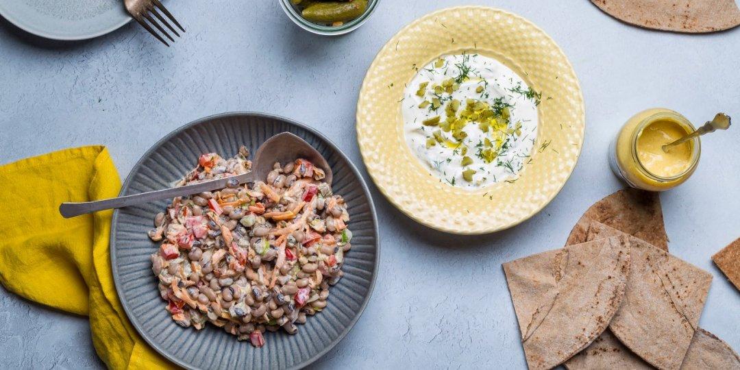 Μαυρομάτικα σαλάτα με ελαφριά ταρτάρ γιαουρτιού - Images