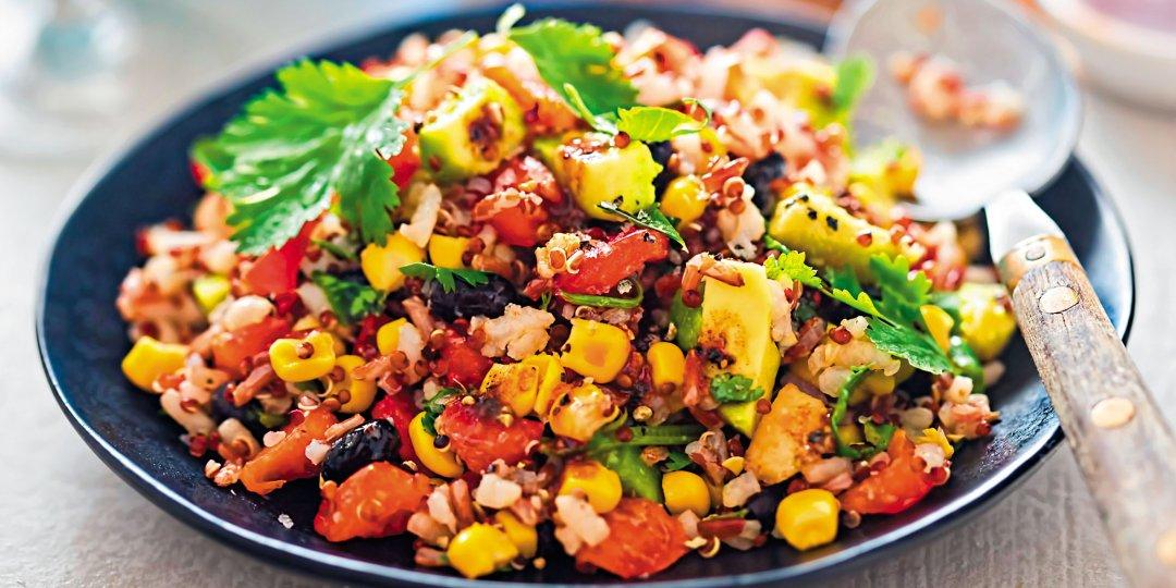 Σαλάτα με Paul's Finest Quinoa καλαμπόκι και δυόσμο - Images