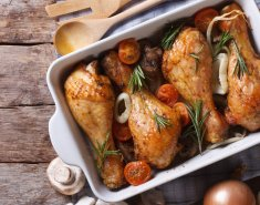 Κοτόπουλο στο φούρνο με σκόρδο και μανιτάρια  - Images