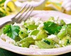 Σαλάτα με κολοκυθάκια και φέτα - Images