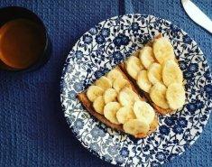 Toast με μπανάνα και μέλι  - Images