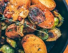 Πατάτες baby με λαχανάκια Βρυξελλών & μπέικον - Images