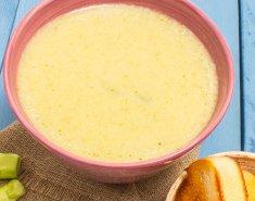 Σούπα με μπρόκολο και σος σόγιας  - Images