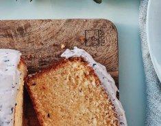 Κέικ βανίλιας με επικάλυψη από τυρί κρέμα με φρέσκα μύρτιλα - Images