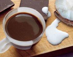 Ζεστή σοκολάτα με γάλα καρύδας   - Images