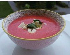 Παγωμένη σούπα γκασπάτσο με καρπούζι - Images