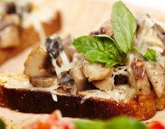 Μπρουσκέτα με μανιτάρια  - Images