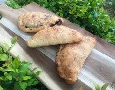 Calzone με nutella, mascarpone και ξηρούς καρπούς - Images