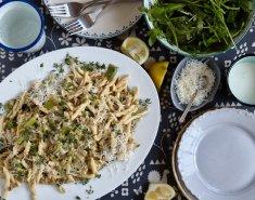Trofie με σάλτσα καρυδιού  - Images