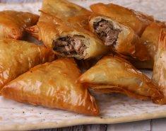 Γευστικά και ζουμερά κρεατοπιτάκια - Images