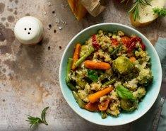 Σαλάτα με λαχανάκια Βρυξελλών και πουργούρι - Images
