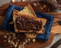 Σπιτική πραλίνα φουντουκιού με ταχίνι και μέλι - Images