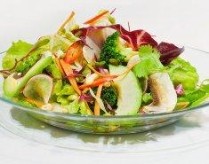 Σαλάτα με λαχανάκια, αβοκάντο και thai dressing  - Images
