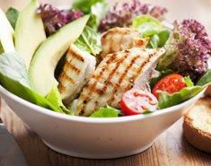 Σαλάτα κοτόπουλο με γλυκόξινη σάλτσα - Images
