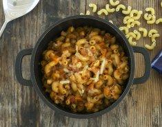 Μακαρόνια με μπολονέζ σόγιας και τυρί   - Images