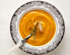 Σούπα από κολοκύθα, καρότο και πιπερόριζα - Images