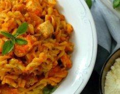 Στριφτό ολικής αλέσεως στο φούρνο με κοτόπουλο κοκκινιστό - Images