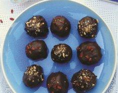 Σοκολατένια τρουφάκια με Paul's Finest Quinoa  - Images