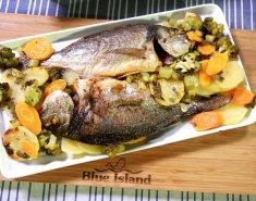 Τσιπούρες Blue Island στο φούρνο με λαχανικά και μυρωδικά - Images
