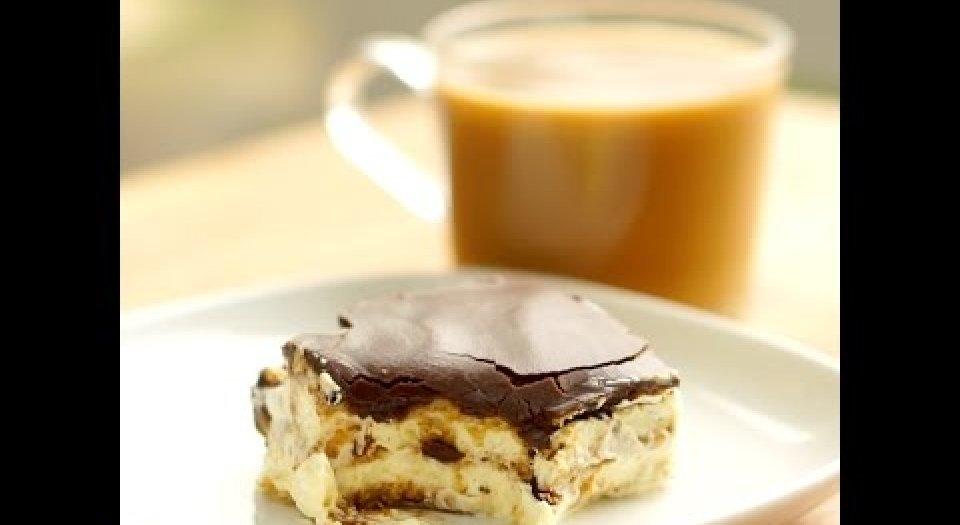 Εύκολο κέικ Eclair (video) - Κεντρική Εικόνα